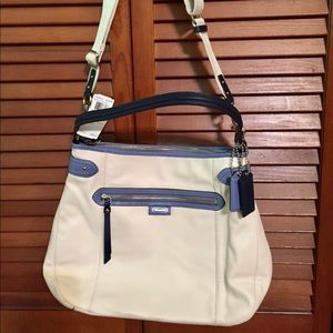 Beautiful new Coach purse/handbag. Never used.